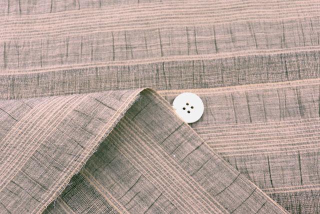 イタリア製綿麻混ストレッチ横段服地