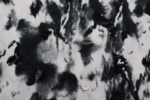 サテンプリント服地 白×黒